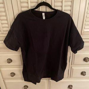 Lululemon short-sleeve sweatshirt, black, size: 10